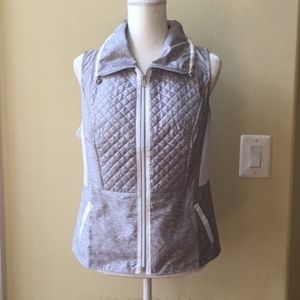 Chico's Zenergy Quilted Lightweight Vest